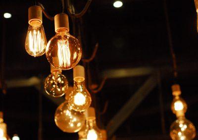 lights-1285111_1920